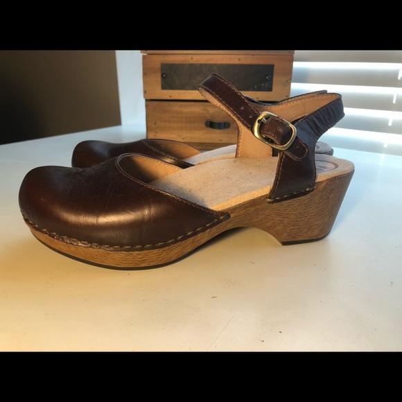 Dansko Shoes   Dansko Sam Vintage Pull